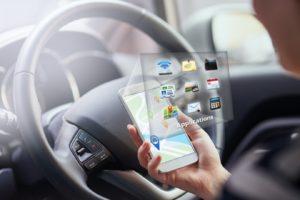 6 ứng dụng cần thiết cho người lái xe hơi trên điện thoại